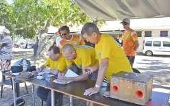 Rompus à l'organisation de cette compétition annuelle, les membres du CSB Va'a étaient sur tous les fronts : préparation du repas, table de contrôle, etc.