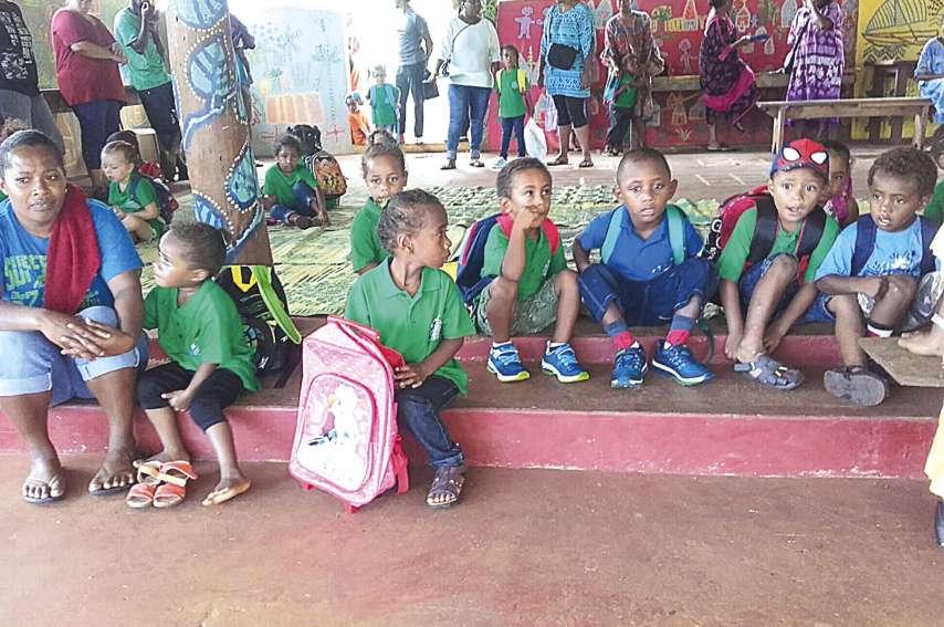 Pour la première fois, les élèves ont porté l'uniforme, avec une couleur pour chaque établissement.
