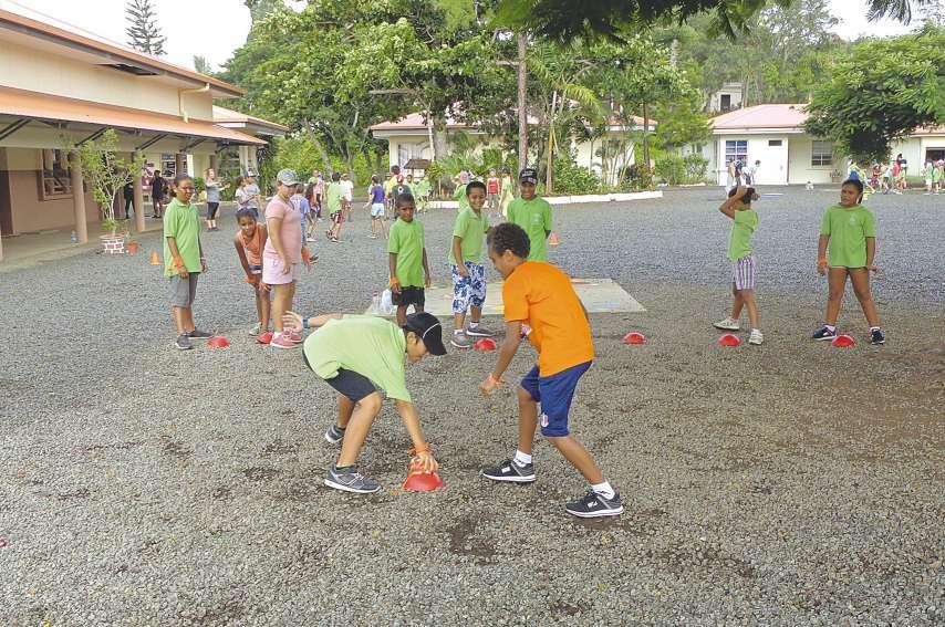 Les élèves de l'école Yvonne-Lacourt se sont énormément investis dans cette journée sportive en pratiquant de nombreuses  disciplines, dont le jeu du drapeau, qui mêle adresse, réflexion et vitesse, sous l'œil aguerri de l'enseignant.