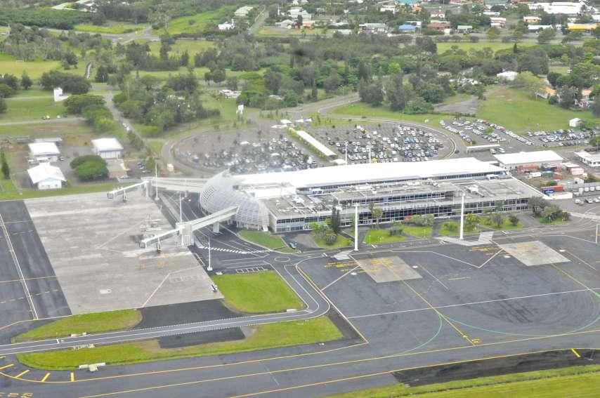 La nouvelle aérogare, livrée le 19 mars 2013, affiche une superficie de 21 700 m2, soit près du double de celle de l\'ancienne. L'ensemble des installations peut désormais absorber un trafic de plus de 700 000 passagers par an.