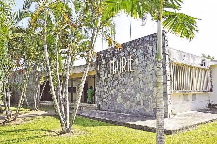 Le comptable de la mairie de Ouégoa est visé par une plainte pour détournement de fonds publics. Le délit est puni par le Code pénal d'une peine pouvant atteindre dix ans de prison.