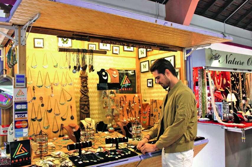 Au marché de la Moselle, l'entreprise familiale d'artisanat Sea Art arbore déjà fièrement le logo Ardici. Photo M.C.
