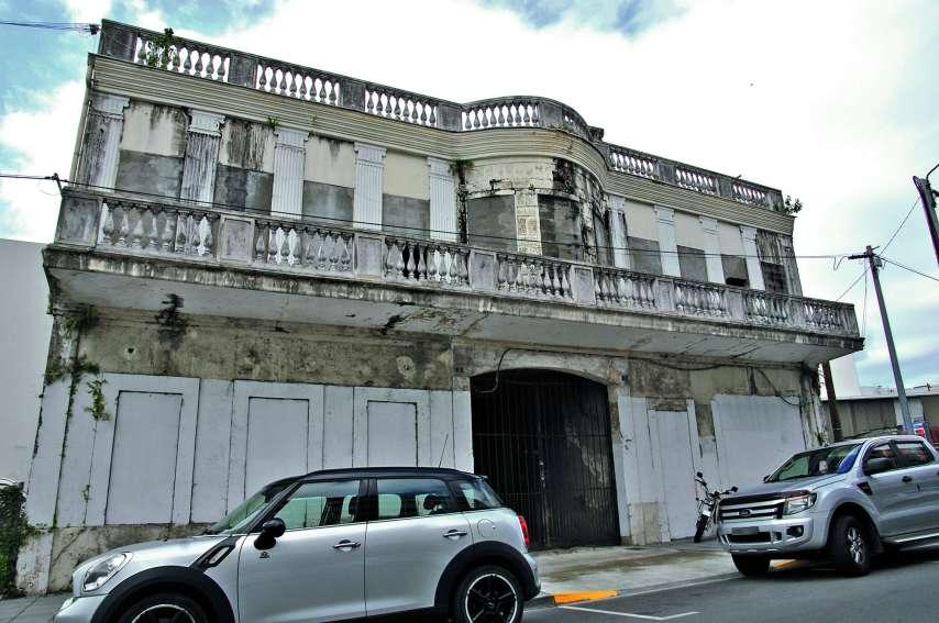 Classée en 2006, la façade sera restaurée, en concertation avec le service patrimoine de la province Sud. Photos G.R.
