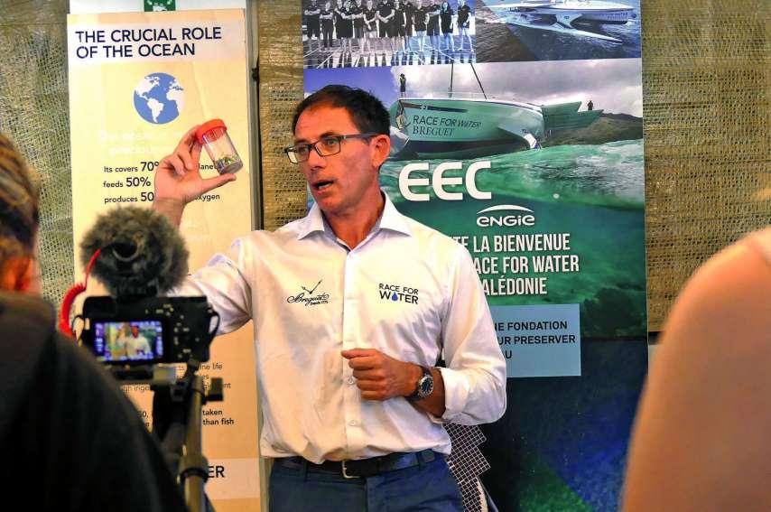 Franck David, directeur général de R4WO, a rappelé qu'il fallait intervenir avant que le plastique se décompose  en microparticules. Photo E.C.