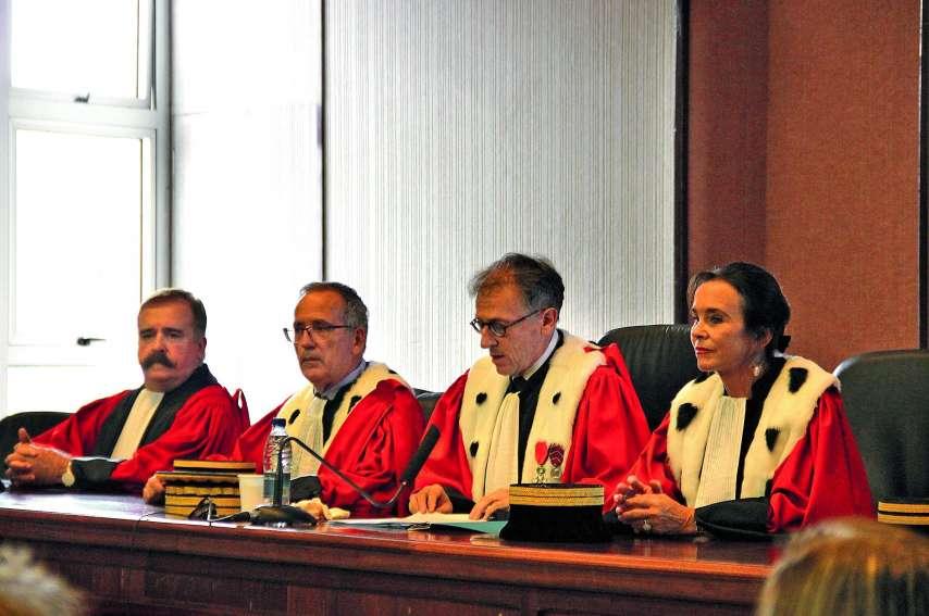 Gilles Rosati (au centre), premier président de la cour d'appel, a réalisé un bilan de 2018 et évoqué les perspectives pour cette année. Photo J.-A.G.-L.