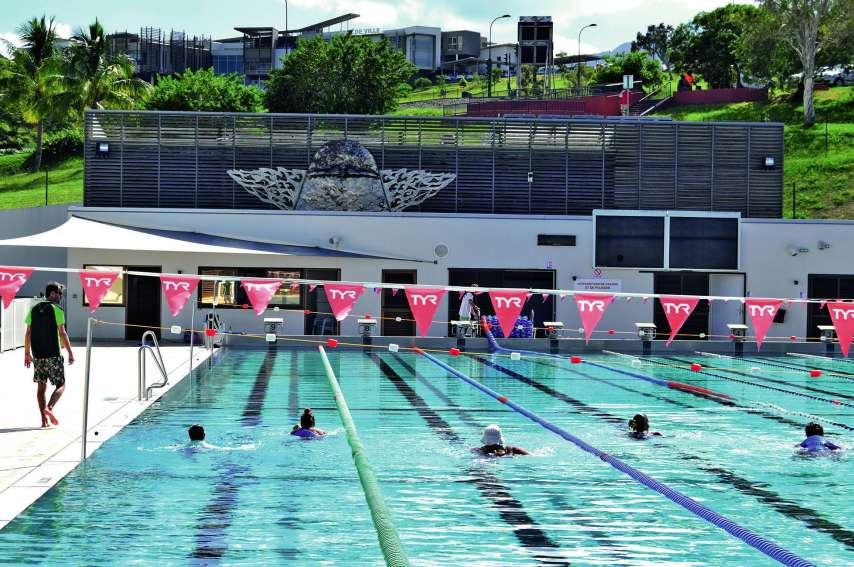 Une séance d'aquapalmes et d'aquajogging a eu lieu, hier, dans le bassin de 50 mètres, de 9 heures à 10 heures.Photos J.J.