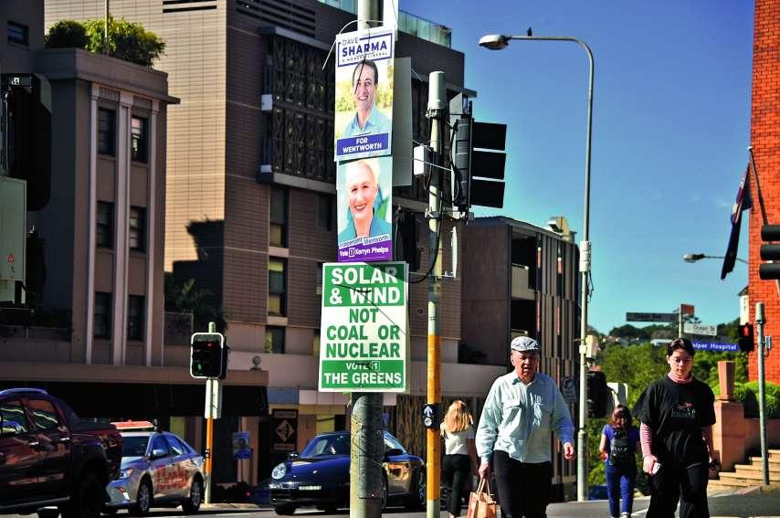 Comme dans beaucoup de pays, la campagne électorale a été marquée par des propos de plus en plus violents sur les réseaux sociaux, un dégagisme ambiant et l'émergence de nombreux petits partis ultranationalistes.Photo AFP