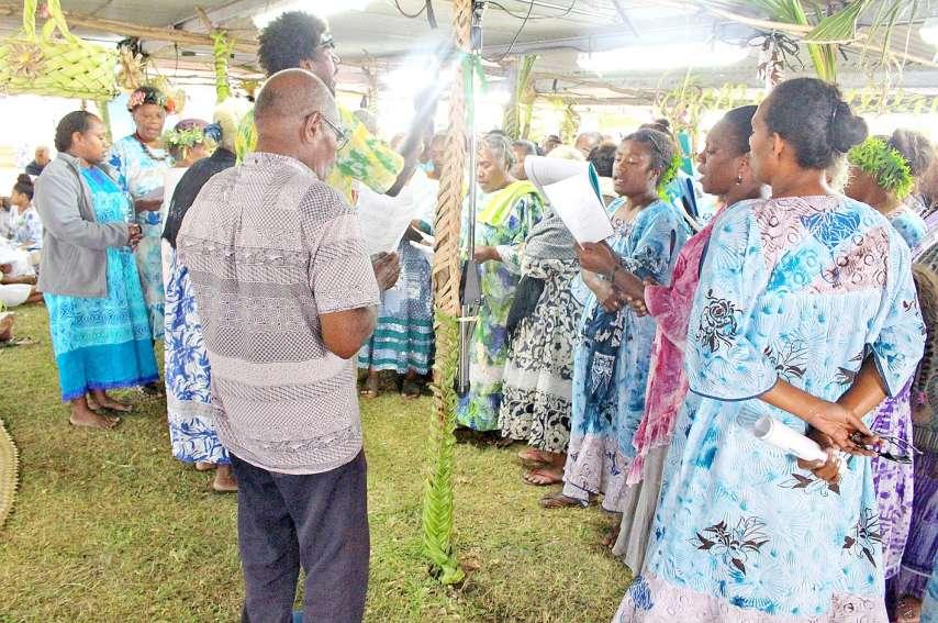 Des présentations de chants ont rythmé toute la convention. Ici, les chanteurs et les chanteuses de la paroisse de Wadrilla entonnent un taperas.
