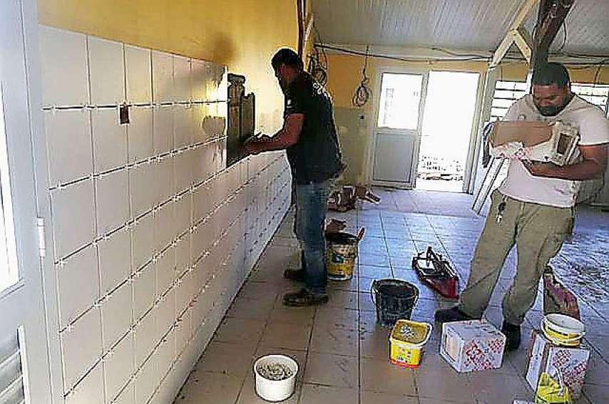 Les parents espèrent que la sécurisation des travaux au sein de l'école sera optimale à la rentrée. Photo A.P