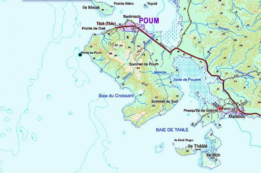 La Sonarep est chargée de convoyer le minerai sur la mine de Poum via le chalandage, une expression calédonienne pour décrire le transport par barges du nickel depuis le wharf jusqu'au minéralier. Fond cartographique issu de Géorep.nc