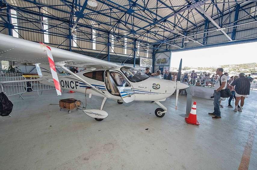 L'aéroclub Henri-Martinet de Magenta ouvre ses portes dimanche pour faire découvrir les métiers de l'aéronautique. Photo archives LNC