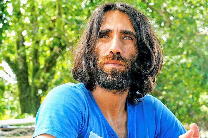 Behrouz Boochani était enfermé depuis six ans dans le camp de Manus. Il est libre depuis vendredi. Il a raconté son calvaire dans un livre récompensé par le prestigieux prix australien Victoria.Photo AFP