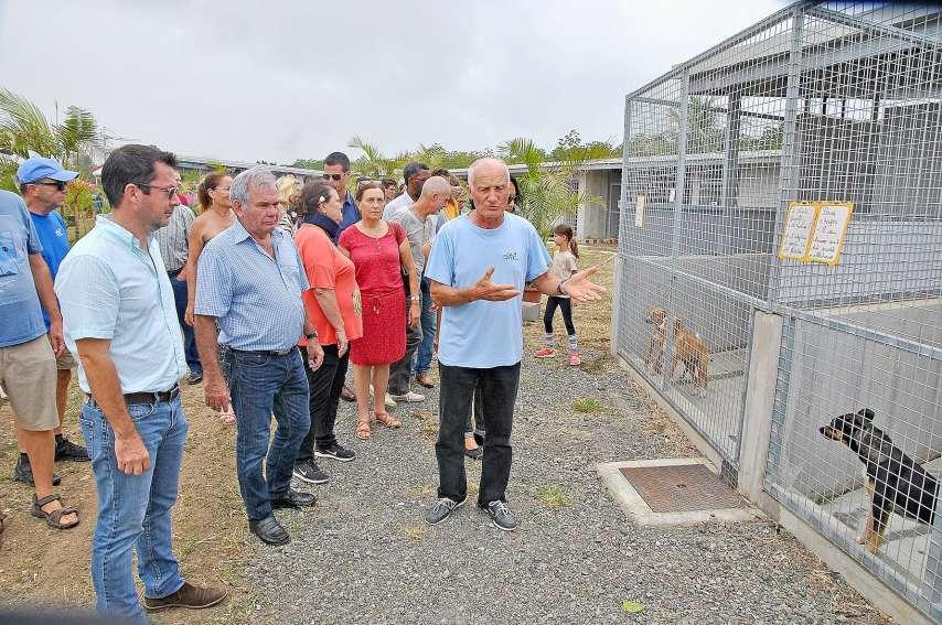 Le président de la Spanc a guidé une visite complète des nouvelles installations. Photo G. R.