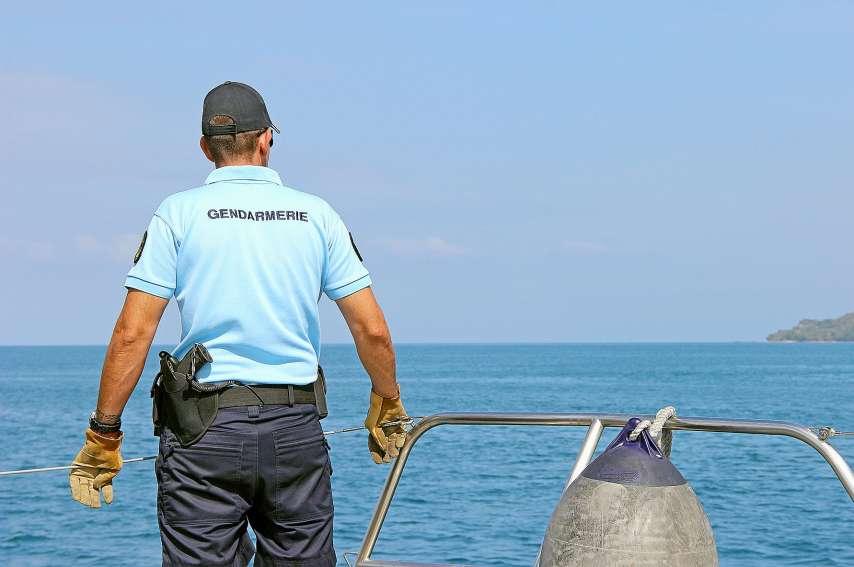 La gendarmerie maritime mène régulièrement des contrôles de bateaux à terre ou en mer. Archives LNC