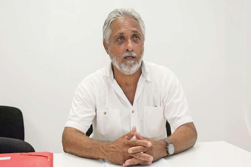 Jacques Bousquet est impliqué dans le monde associatif, notamment  le conseil des anciens de Népoui.Photo Cyril Terrien