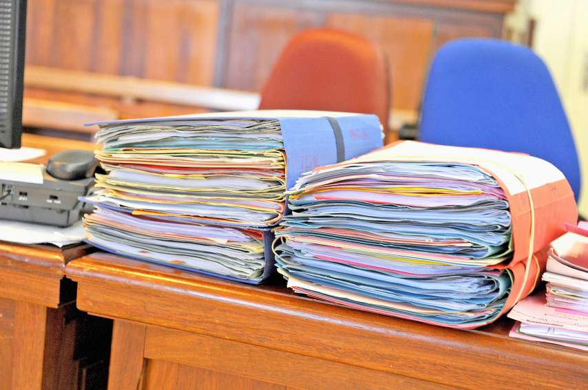 La prévenue a déjà été condamnée onze fois pour des faits  de violence avec arme.Photo archives LNC
