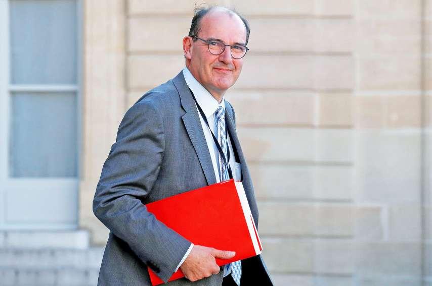 Le remaniement ministériel, en préparation depuis plusieurs jours, se concrétise avec la démission du gouvernement d'Edouard Philippe, par ailleurs élu maire du Havre, et la nomination de Jean Castex.Photos AFP