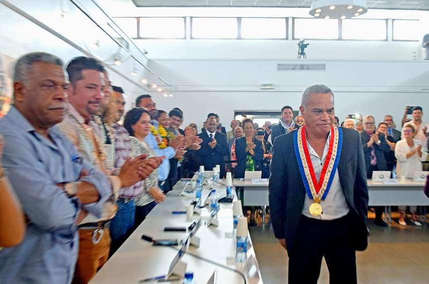 Trente-cinq conseillers de trois listes, dont dix adjoints, accompagneront le maire, Willy Gatuhau. Photos J.J.