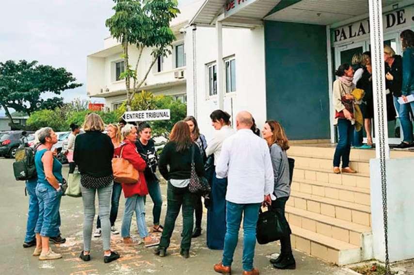 Les associations de protection animale se sont mobilisées en masse pour l'audience. Photos J.-A. G.-L. et DR