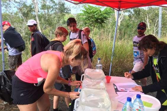 300 coureurs et marcheurs découvrent les sentiers au premier DMBA vertical trail
