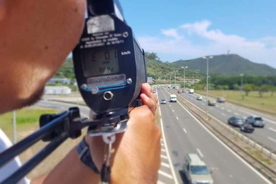Un automobiliste contrôlé à 116 km/h au lieu de 70 km/h dans Nouméa