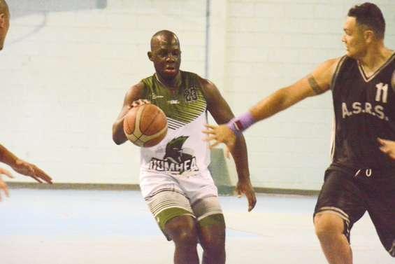 Abou Doumbia mène le jeu à Dumbéa