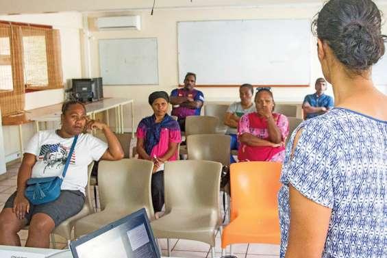 Professionnaliser les travailleurs sociaux, la face cachée de l'Acaf