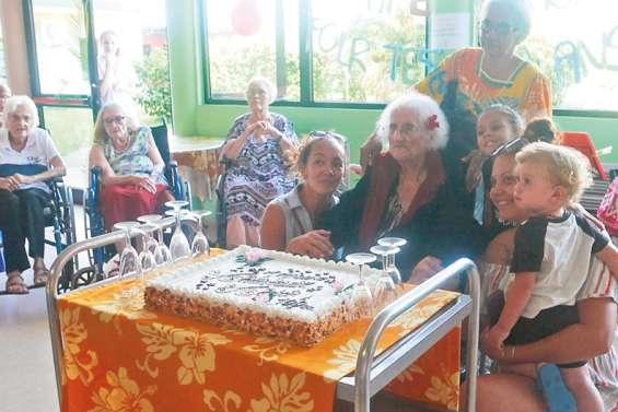Andrée Lomont a célébré ses 100 ans