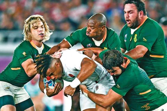 Les Springboks imposent leur force