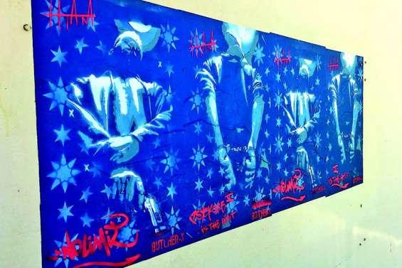 Des artistes venus d'ailleurs s'expriment sur les murs de la ville