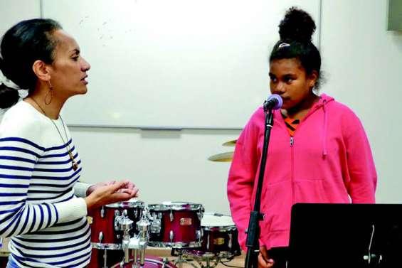 Les ateliers chant et sculpture du Dock socioculturel cherchent des élèves