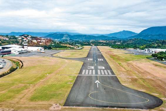 Pourquoi les avions restent-ils cloués au sol ?