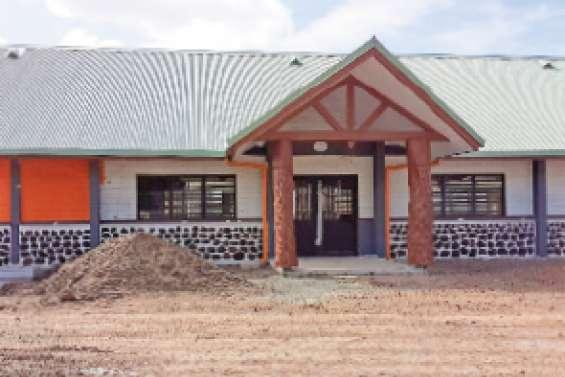 Deux nouveaux bâtiments au village