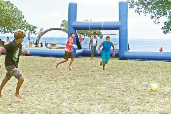 Les activités pour les jeunes reprennent au bord des plages