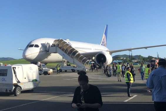 [MàJ 17h40] Un Boeing 787 d'United Airlines se pose en urgence à La Tontouta.