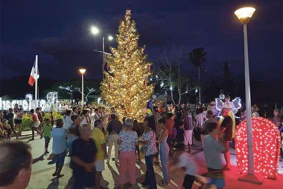 Le village de Boulouparis s'illumine pourles fêtes de fin d'année