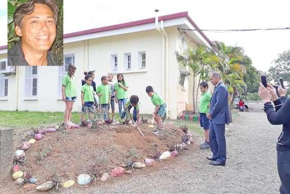 L'école Daniel-Mathieu rend hommage à Gilbert Cossa