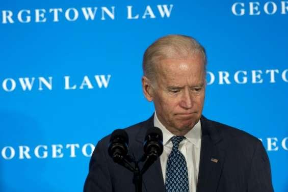 Le vice-président américain en Irak sur fond de crise politique