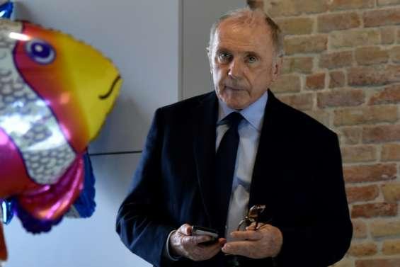 Paris: Pinault installe sa collection d'art dans la Bourse de commerce