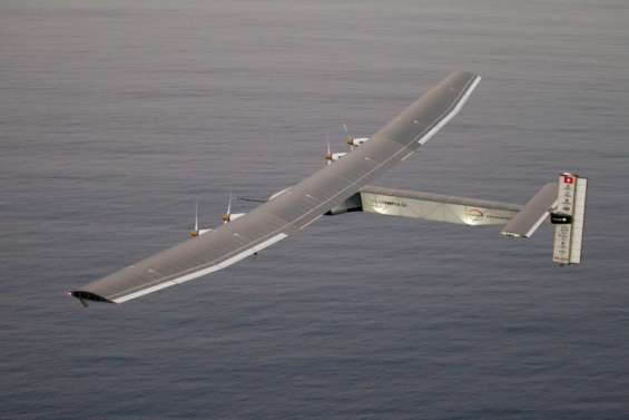 L'avion solaire Solar Impulse est arrivé en Californie après avoir traversé le Pacifique