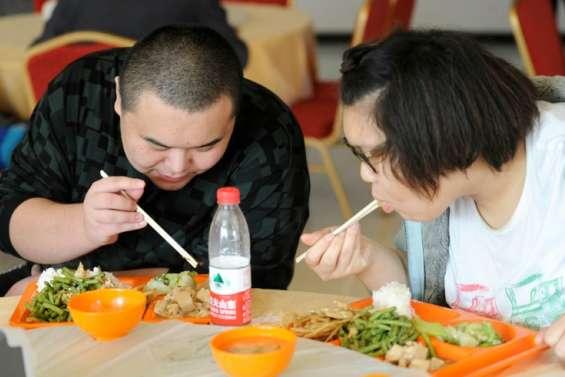 Chine: les jeunes attirés par la junk food, l'obésité explose