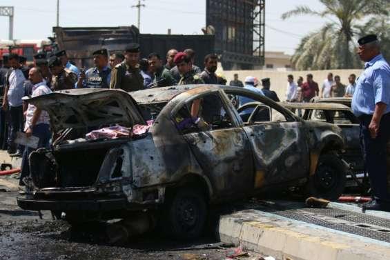 Irak: au moins 22 morts dans des attentats suicide de l'EI et des tirs d'obus