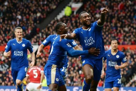 Foot: Leicester sacré sans jouer après le nul de Tottenham à Chelsea
