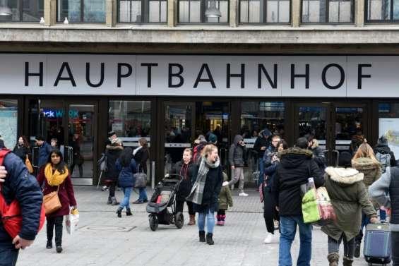 Allemagne: 4 blessés dans une attaque au couteau