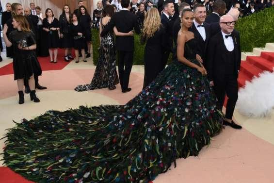 Le gala du Met à New York fait le plein de célébrités et de glamour