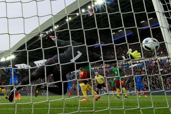 Euro-2016: les Bleus en quête d'oxygène et du bon compromis