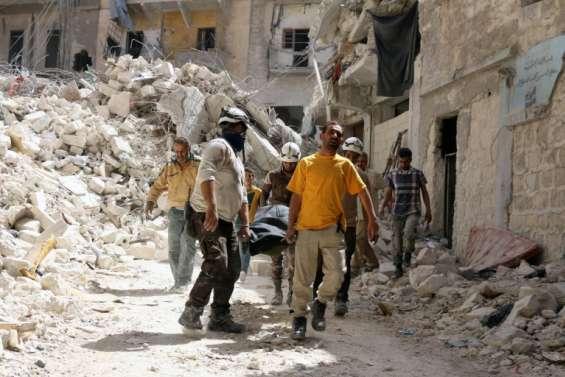 Syrie: 42 civils tués par des raids aériens dans le nord de la Syrie