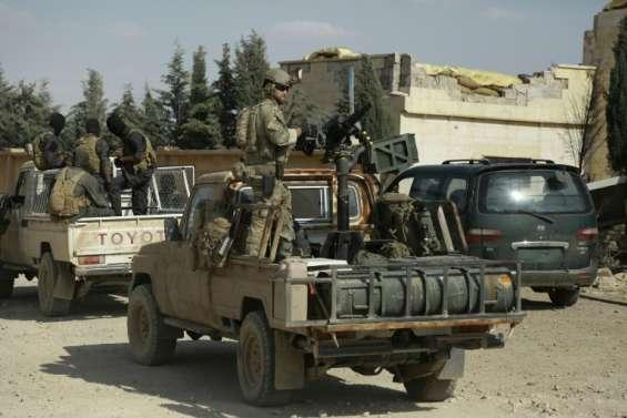 Syrie: l'armée entre dans la province de Raqa, le fief de l'EI