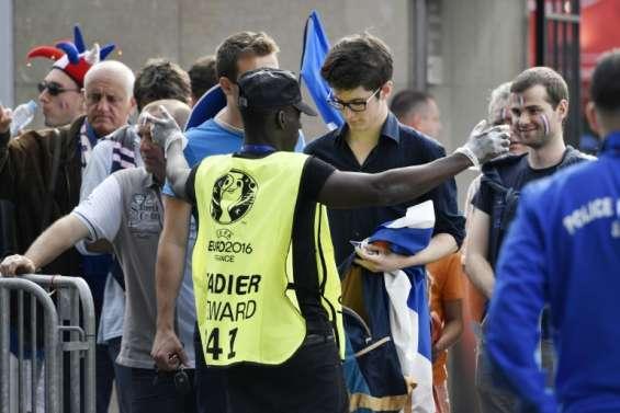 Euro-2016: au Stade de France, pas de parcours du combattant