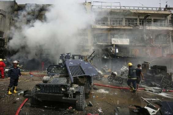 Irak: 18 morts dans deux attentats près de Bagdad